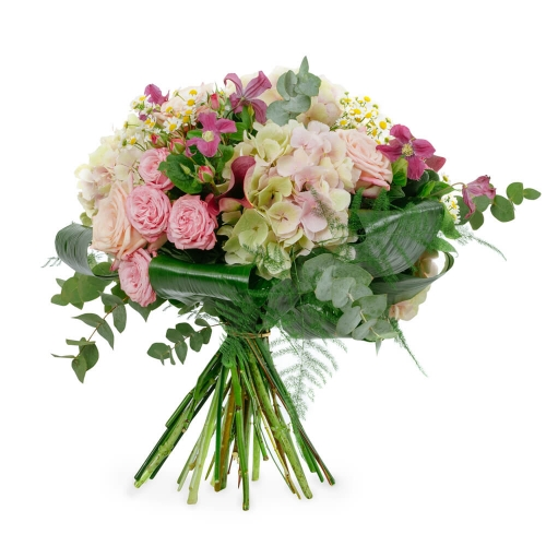 Bouquet of hydrangea, roses and chamomile
