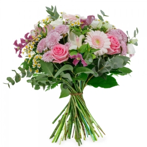 Bouquet with chrysanthemum, roses and gerberas