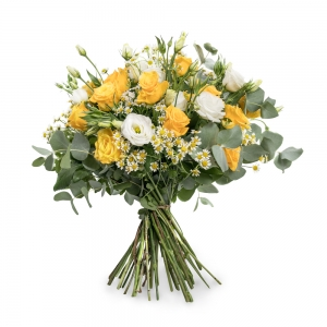 Bouquet with roses, eustoma and chamomile