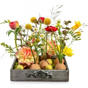 Πασχαλινά αυγουλάκια με ανοιξιάτικα λουλούδια