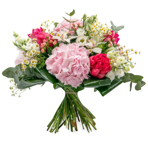 Rich bouquet with roses, hydrangea and orchids